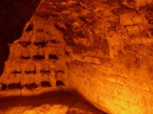 Костница в пещерах Церковщины