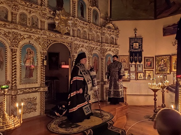 Єпископ Гостомельский Тихон звершив читання Великого покаянного канону в храмі с.Бобриця