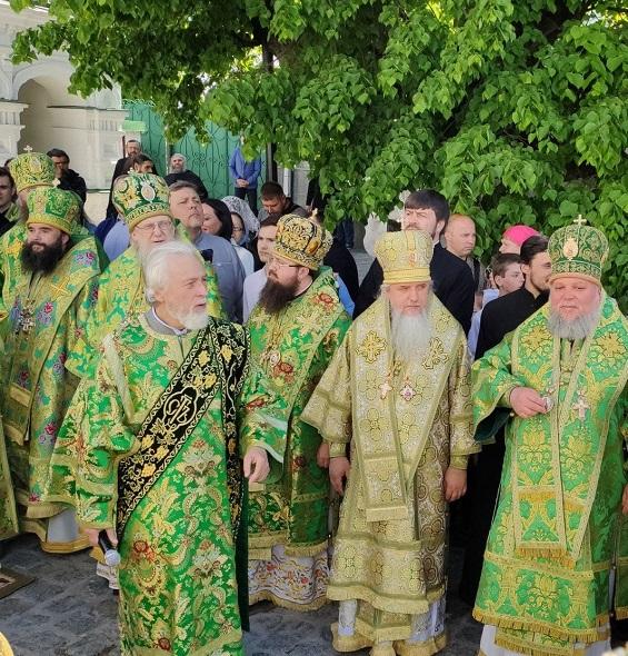 Праздничное Богослужение в день памяти преподобного Феодосия игумена Киево-Печерского