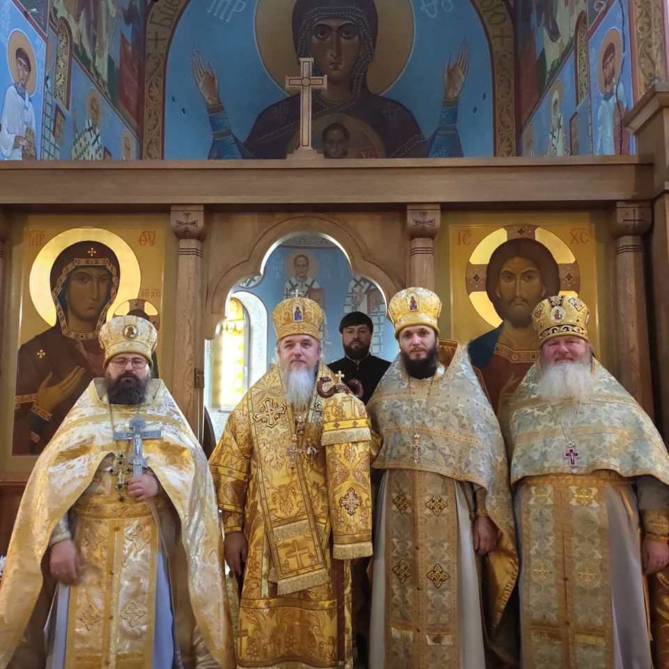 Божественная литургия в Свято Николаевском храме г.Ирпень в 32-ю неделю по пятидесятнице